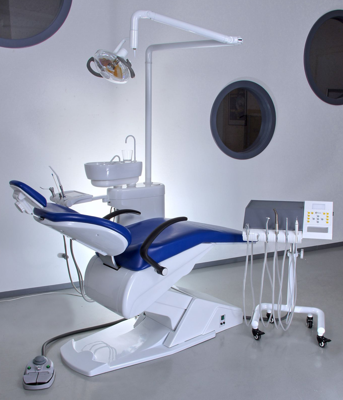 Superior Dental Unit
